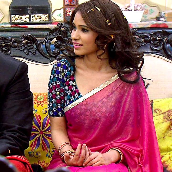 Pallavi gupta hindi tv actress CTS2 2 hot saree photo