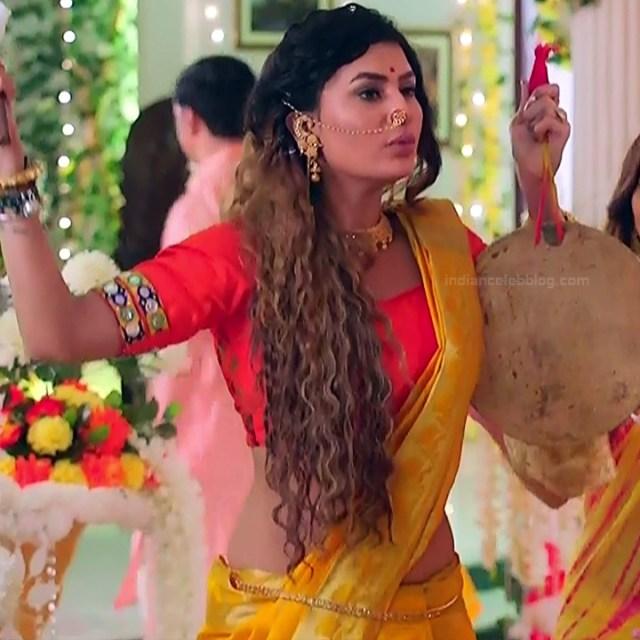 Pavitra punia hindi tv actress Naagin 3S1 1 hot saree photo