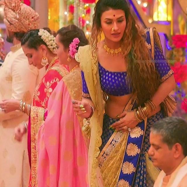 Pavitra punia hindi tv actress Naagin 3S1 11 hot sari photo