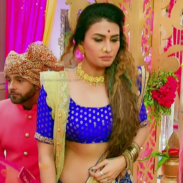 Pavitra punia hindi tv actress Naagin 3S1 12 hot sari photo