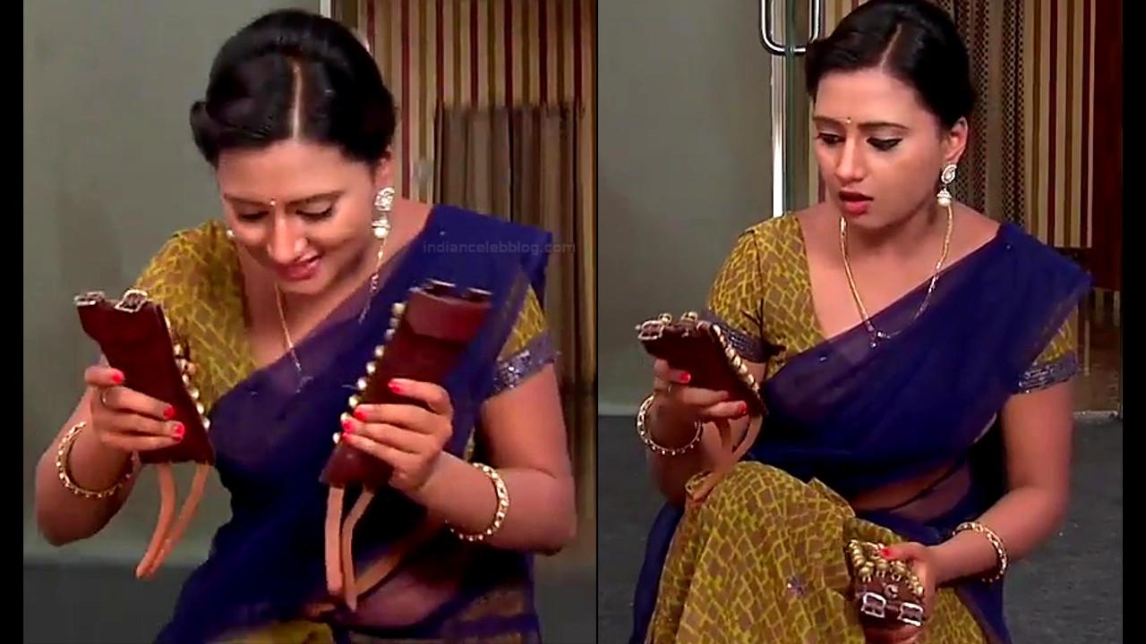 Princy B Krishnan Telugu Tv actress Kumkuma PS2 10 hot saree pics