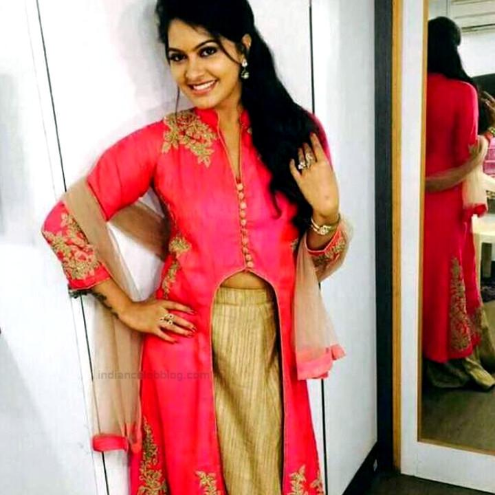 Rachitha Mahalakshmi Tamil TV actress CTS1 10 hot lehenga photo