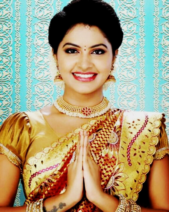 Rachitha Mahalakshmi Tamil TV actress CTS1 3 hot saree photo