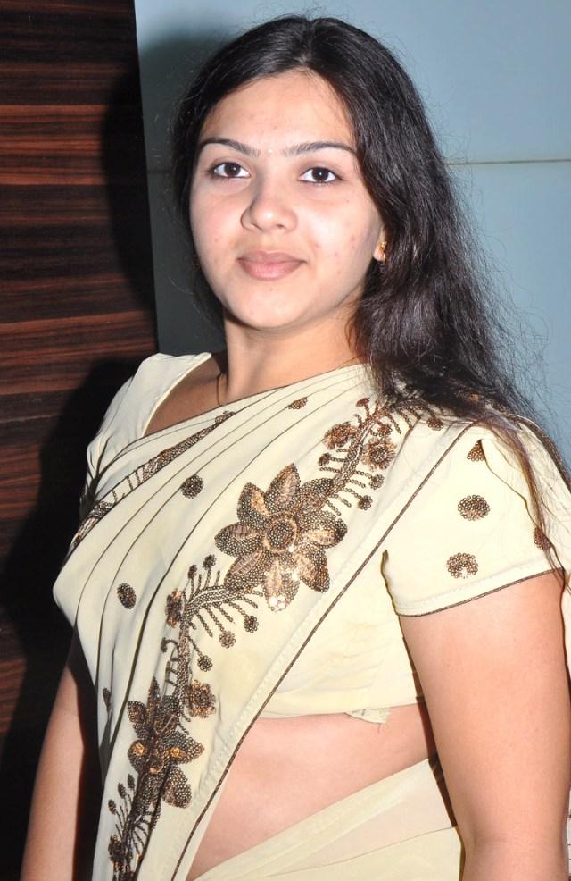 Shwetha Bandekar Tami TV actress CTS1 1 hot movie photo