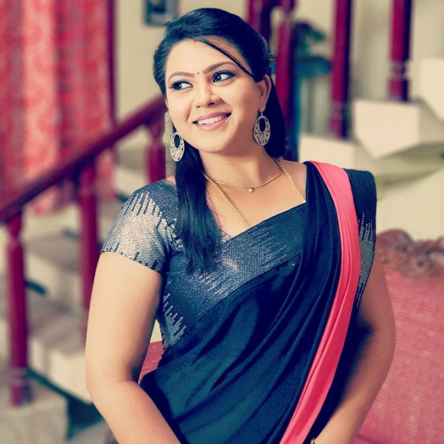 Shwetha Bandekar Tami TV actress CTS1 25 hot movie photo