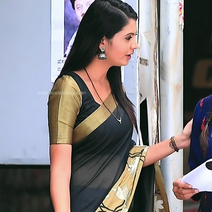 Shwetha R Prasad Kannada TV actress Radha RS1 15 Saree photo