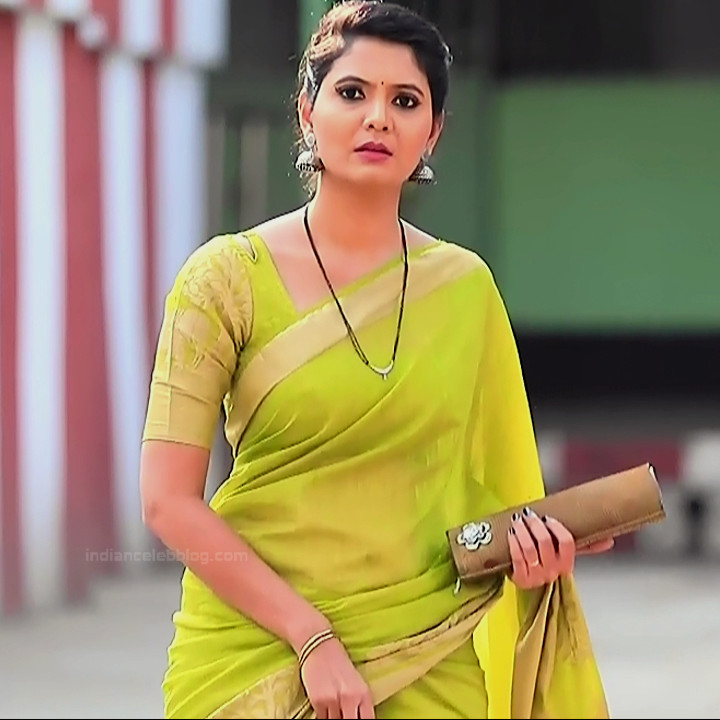 Shwetha R Prasad Kannada TV actress Radha RS1 9 Sari photo
