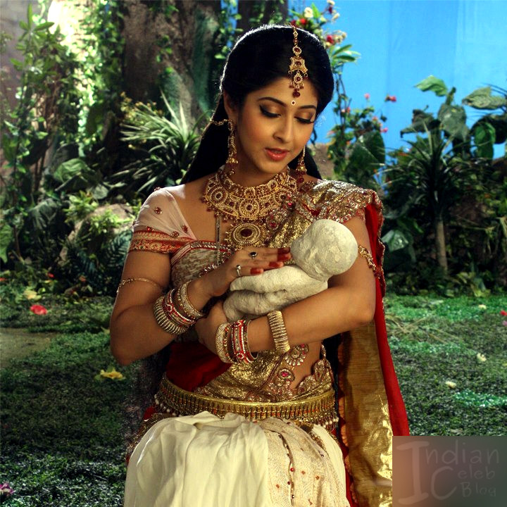 Sonarika Bhadoria Tv actress Devon ke dev CTS1_19_Saree image
