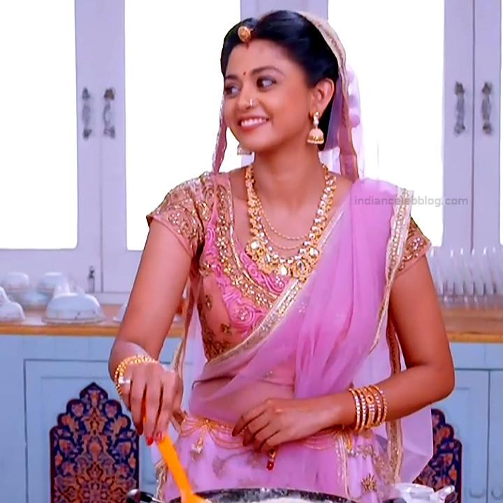Tanvi Dogra Hindi serial actress JijiMS1 2 saree photo