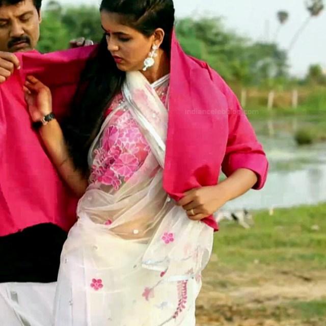 Chaitra reddy Tamil tv actress Yaarudi NMS1 14 hot saree photo