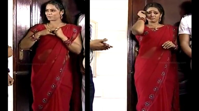 Devipriya tamil tv actress Pondatti TS1 11 hot saree pics