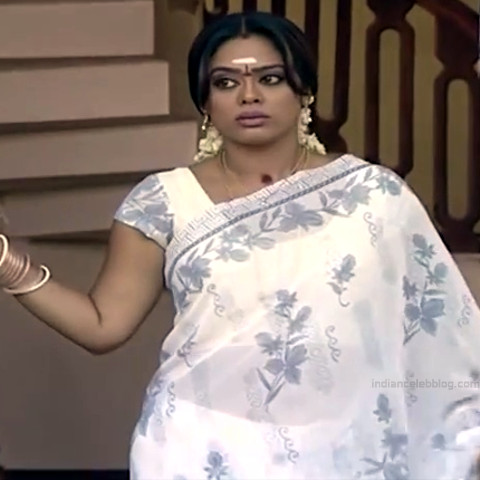 Devipriya tamil tv actress Pondatti TS1 9 hot sari photo