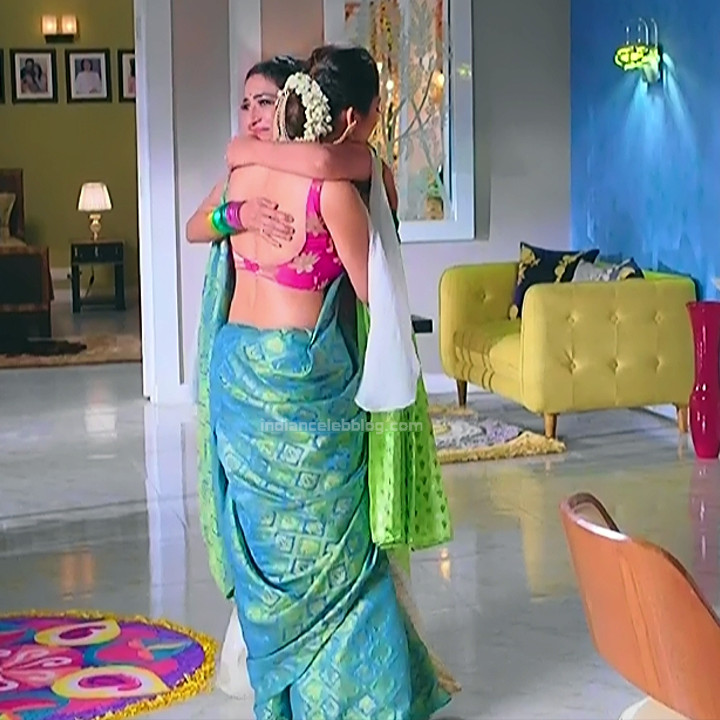 Drashti dhami hindi tv actress Silsila BRKS3 2 hot saree photo