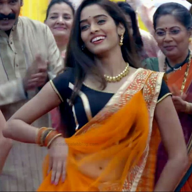 Neha saxena hindi tv actress Siddhi vinayak VS1 7 hot saree photo