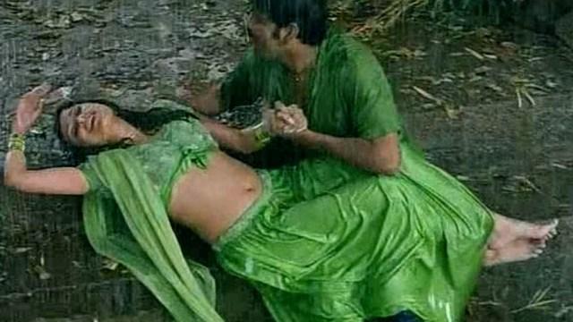 Anjala zaveri hot rain song video Thumb