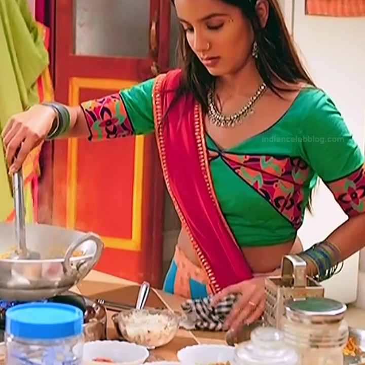 Nikki sharma hindi serial actress Roop MKNSS2 5 lehenga photo