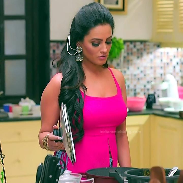 Anita hassanandani hindi tv actress Naagin S1 1 hot photo