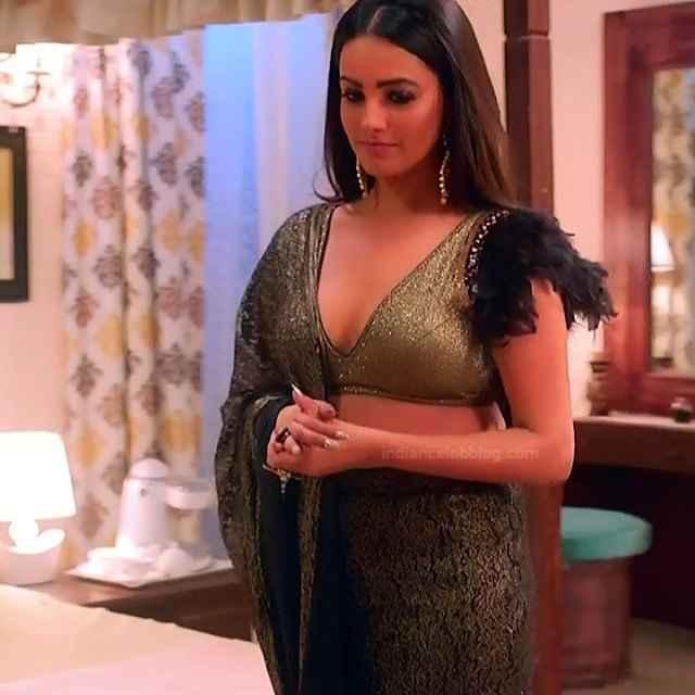Anita hassanandani hindi tv actress Naagin S1 6 hot lehenga photo