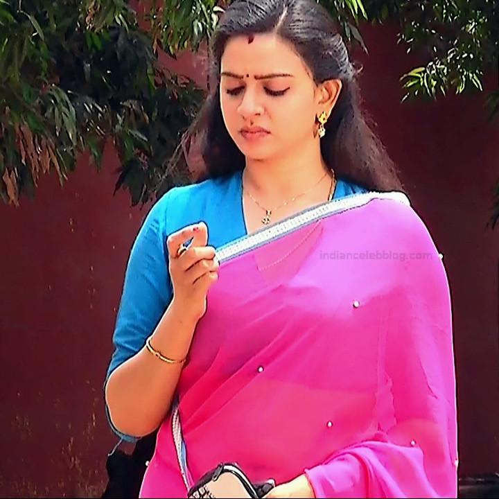Divya ganesh tamil serial actress sumangali S4 1 hot saree photo