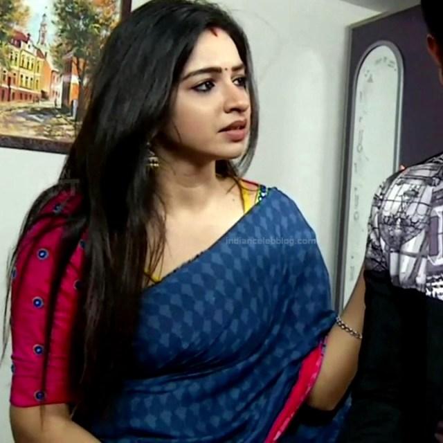 Divya ganesh tamil serial actress sumangali S4 18 saree photo