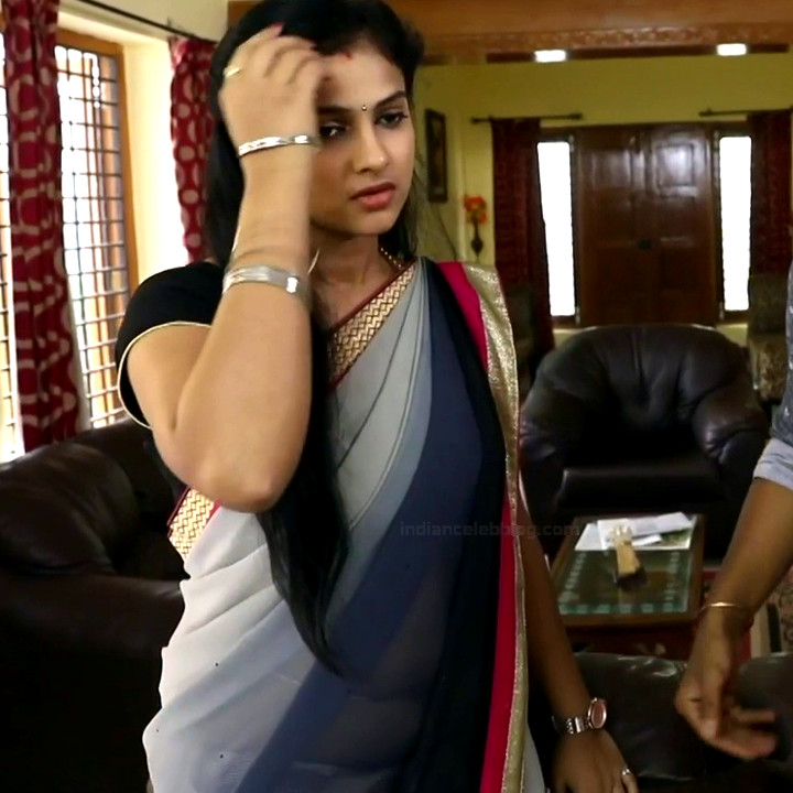 Kavitha tamil tv actress Neeli S1 11 hot sari photo
