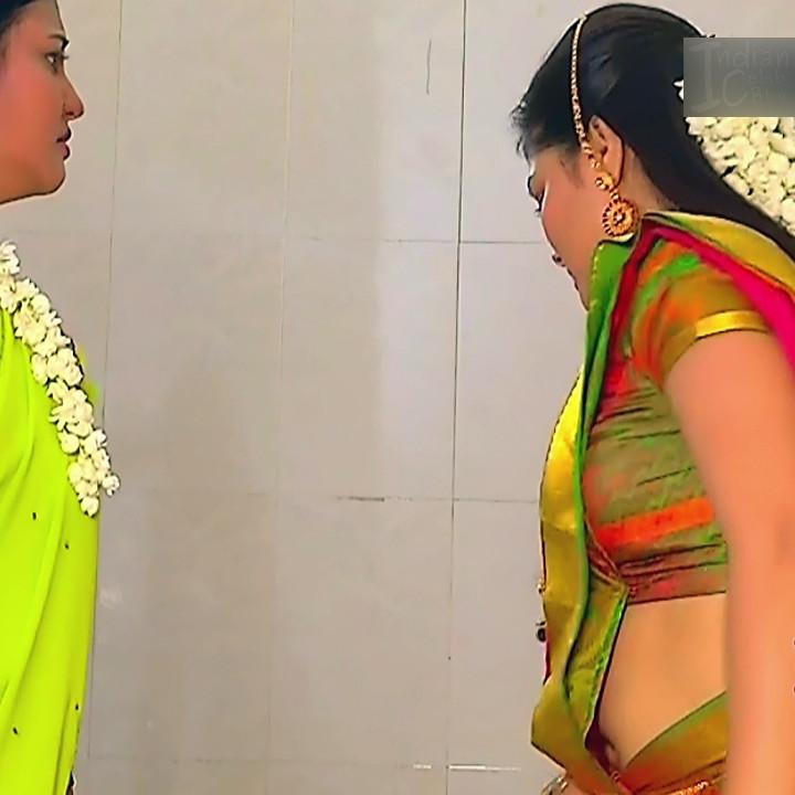 Priyanka nalkar tamil serial actress roja s1 19 saree photo