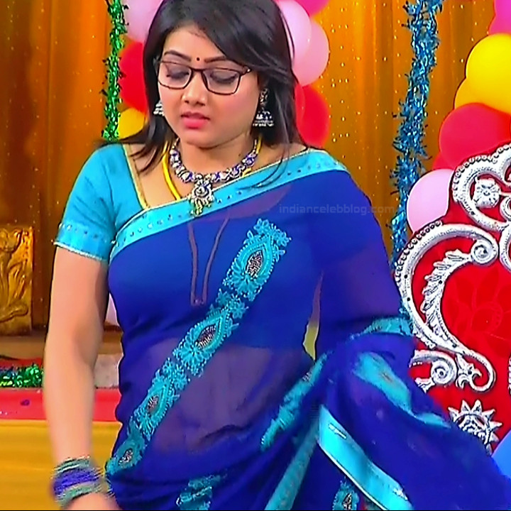 Priyanka Nalkar Saree Navel Show Tamil Tv Hd Caps Roja
