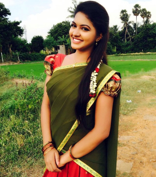 Rachitha mahalakshmi tamil tv actress saravanan MS2 10 sari photo