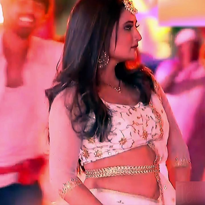 Rashmi Desai hindi tv actress Dil SDTS1 3 lehenga photo