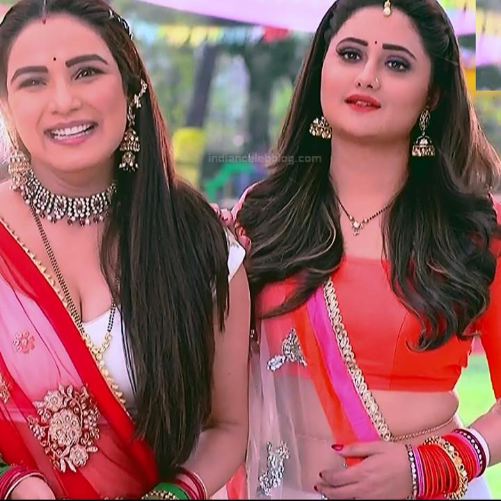 Rashmi Desai hindi tv actress Dil SDTS1 6 lehenga photo