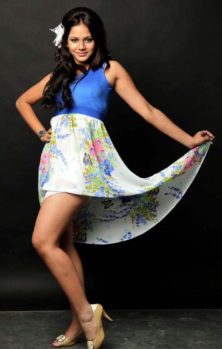 Aishwarya dutta tamil actress stills S1 6 hot photo