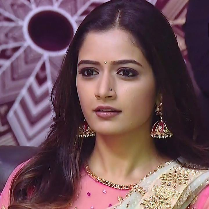 Ashika ranganath Kannada film actress EventsS1 5 Saree photo