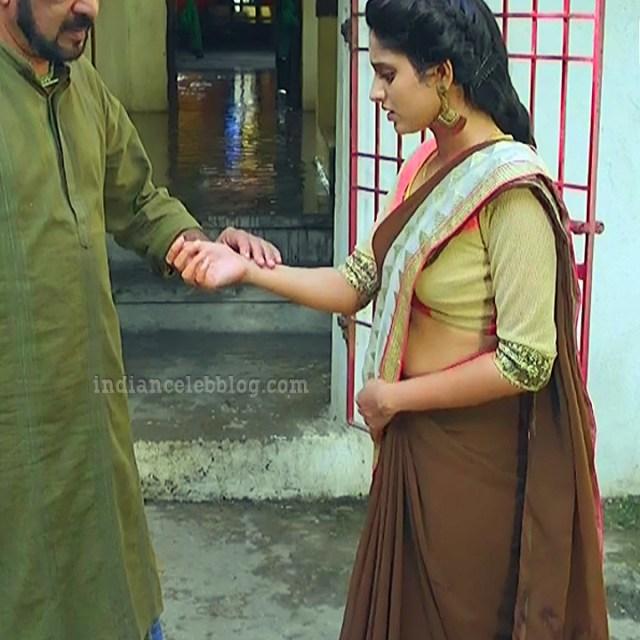 Ayesha tamil TV actress Maya S1 1 hot saree caps