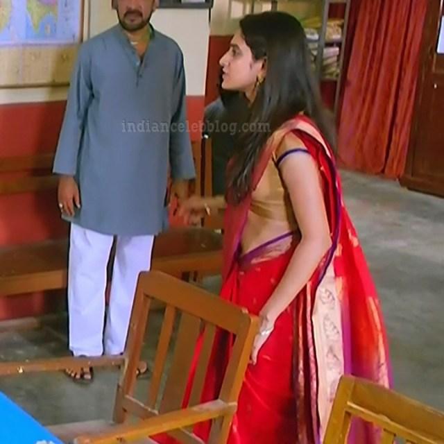 Ayesha tamil TV actress Maya S1 8 hot saree pics
