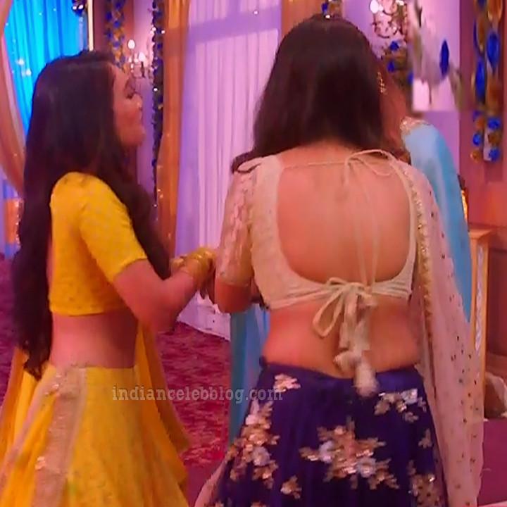 Charvi saraf hindi tv actress Naagin 3S1 6 hot lehenga photo