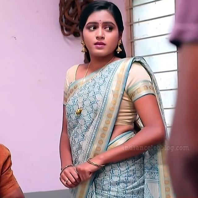 Deepika aradhya kannada TV actress Bili Hendthi S1 13 Saree pics