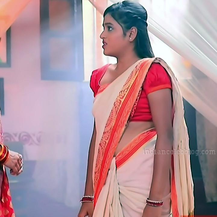 Deepika aradhya kannada TV actress Bili Hendthi S1 4 Saree caps