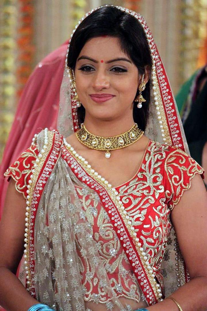 Deepika singh hindi TV actress CTS3 3 hot lehenga photo