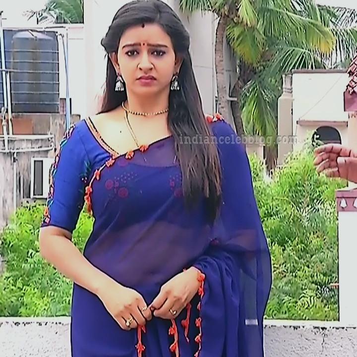 Divya ganesh tamil tv actress sumangali S5 2 hot saree photo