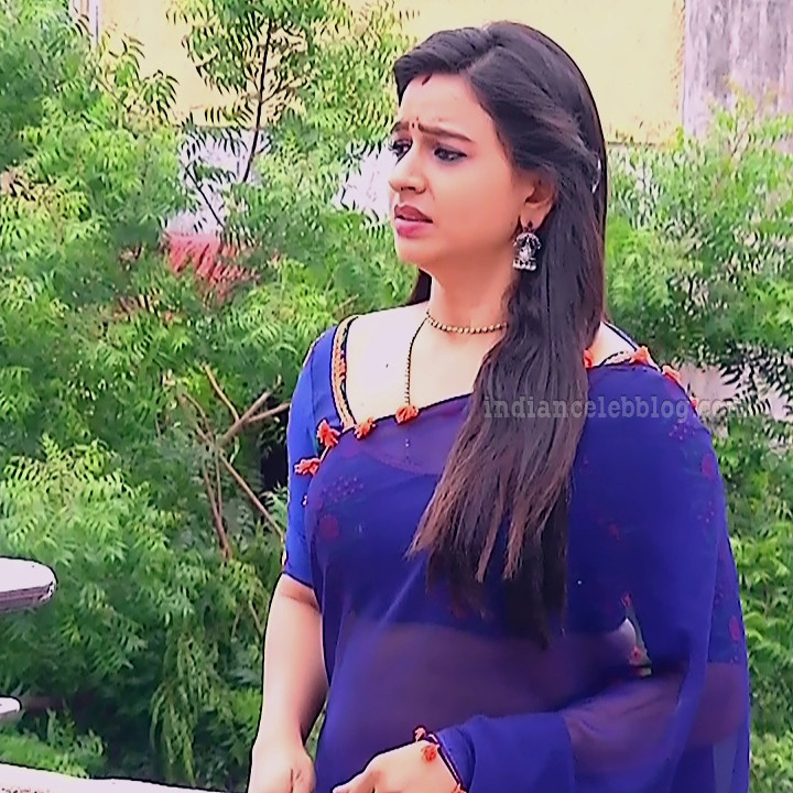 Divya ganesh tamil tv actress sumangali S5 5 saree photo