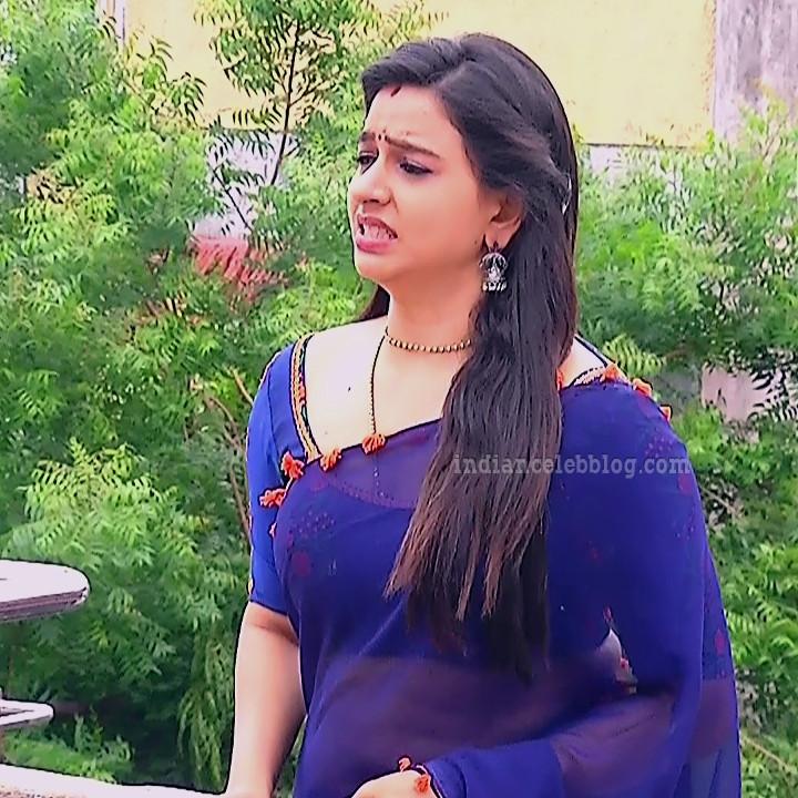 Divya ganesh tamil tv actress sumangali S5 6 saree photo