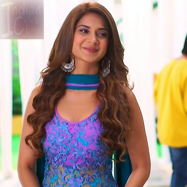 Jennifer winger hindi TV actress Bepanaah S1 4 hot gown photo