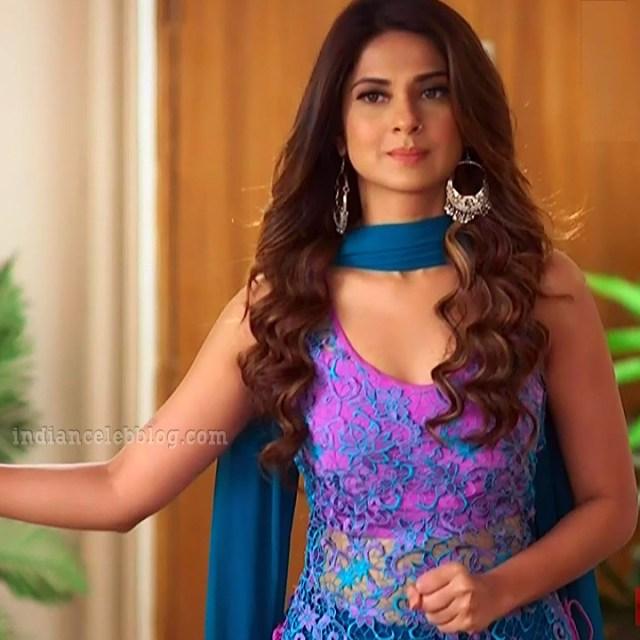 Jennifer winger hindi TV actress Bepanaah S1 5 hot gown photo
