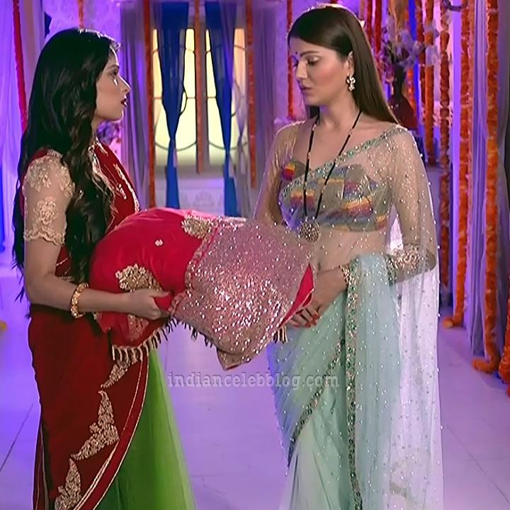 Rubina dilaik Hindi TV actress Shakti AS6 11 hot Sari caps