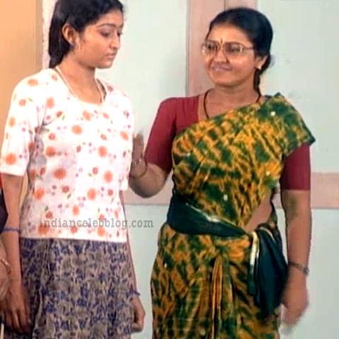 Siva Kavitha tamil tv actress aasai S1 4 sari photo