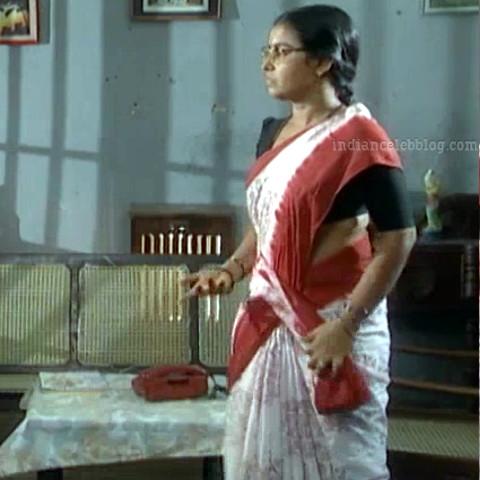 Siva Kavitha tamil tv actress aasai S1 8 saree caps