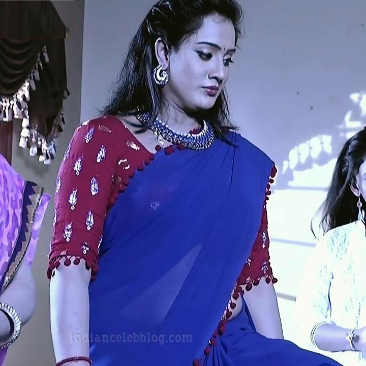 Sravani telugu tv actress Akka MS1 1 hot saree photo