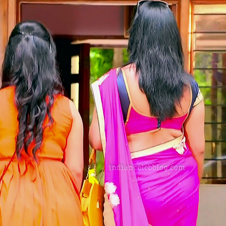 Sravani telugu tv actress Akka MS1 2 hot saree photo