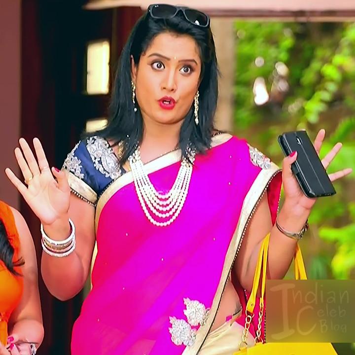 Sravani telugu tv actress Akka MS1 4 hot saree photo