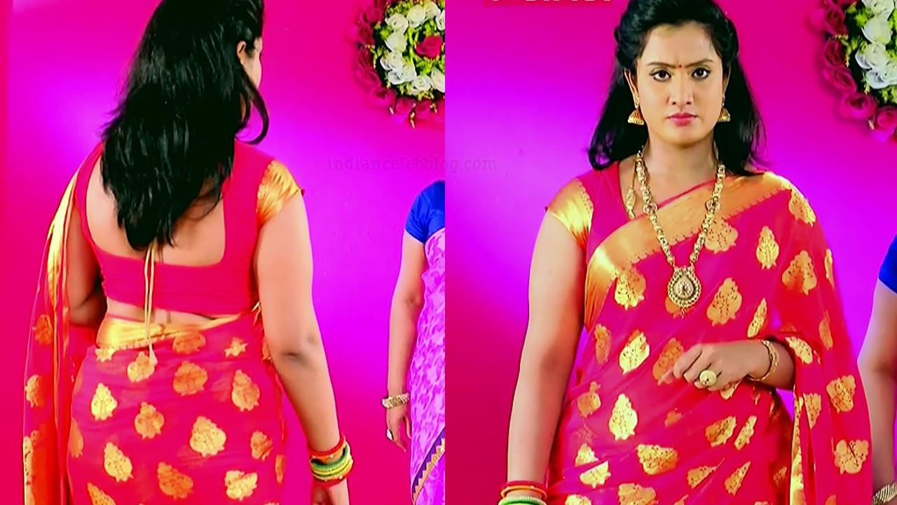 Sravani telugu tv actress Akka MS1 6 hot saree pics